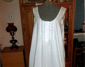 Long Victorian Nightgown 4b3a75c05