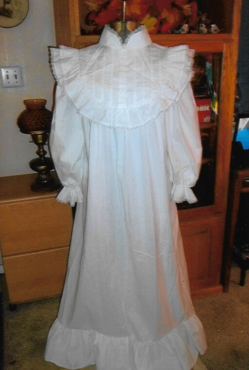 Victorian White Cotton Nightgown with Round Ruffled Bodice and Pin-tucks