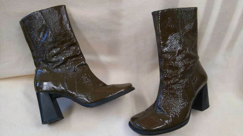 9c998c1bbea Vintage 90s version of a 70s style brown varnish leather boots/Size  36/vagabond boots/hippie chic/shabby chic
