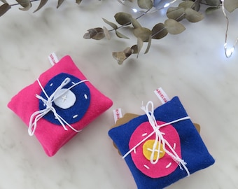 Pink hand warmers in felt -For Christmas -For gift -Hot -With felt -cocooning- For frozen fingers- For good moment- For women- For teenagers