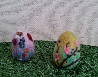 Needle felted Easter Eggs , decorated eggs, spring blossom, spring flowers