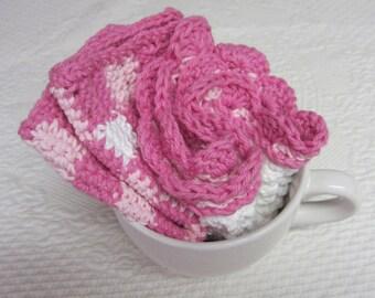 Crochet Dishcloth,Wash cloth,Dish Rag,Wash Rag,Set of two,Cotton,Kitchen Decor,Retro,Gingham,Scalloped Edge,Pink,Checked dish cloth,gift