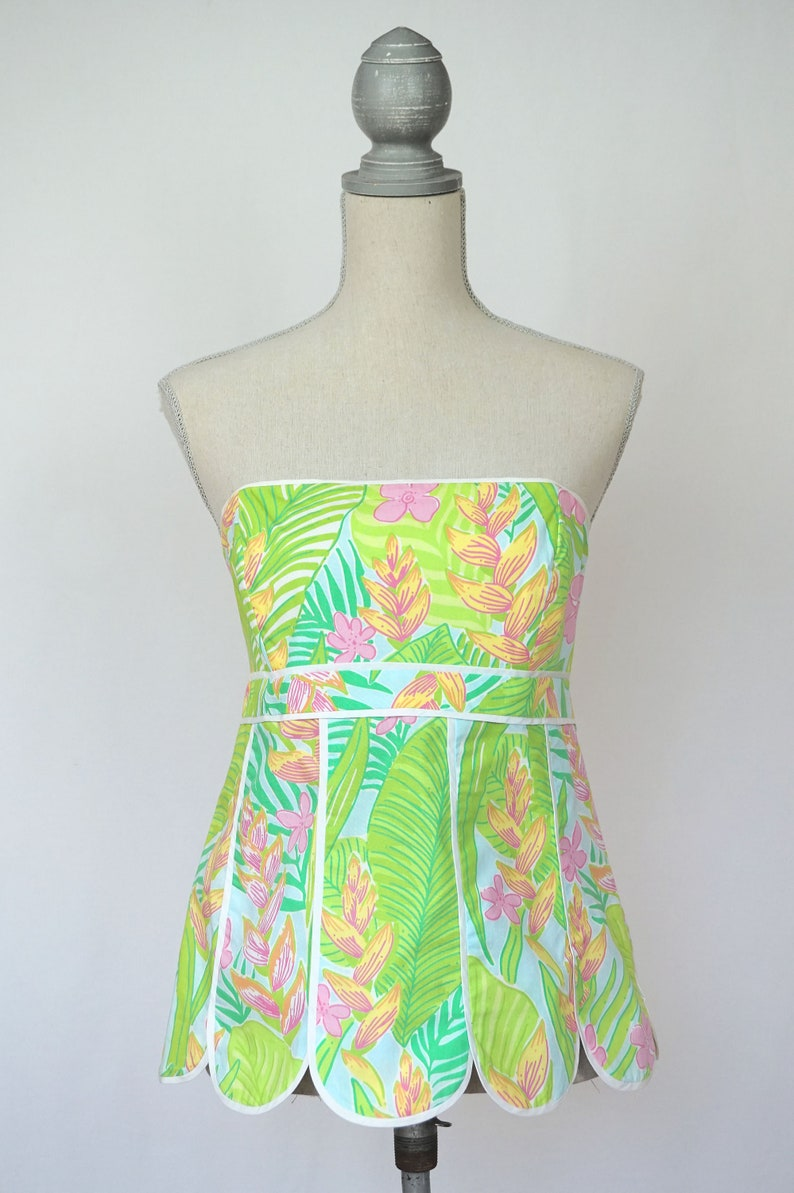 02bb8882a20 Vintage Lilly Pulitzer Strapless Top with Tropical Print and