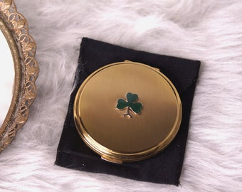 Vintage Stratton Gold Compact with Shamrock, Gold Round Compact, Vintage Mirrored Compact, Gold Compact with Shamrock, Collector's Item