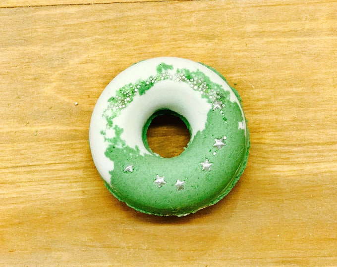 Cucumber Melon | Bubbling Donut Bath Bomb l Gifts Under 10