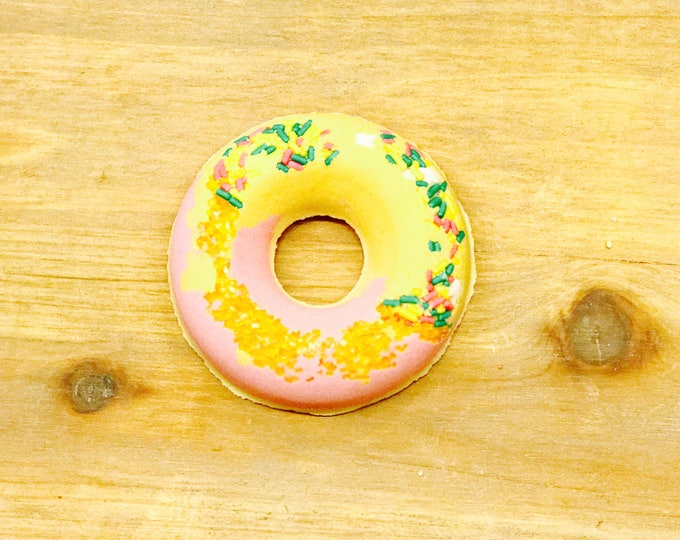 Fearless Bunny | Bubbling Donut Bath Bomb l Gifts Under 10