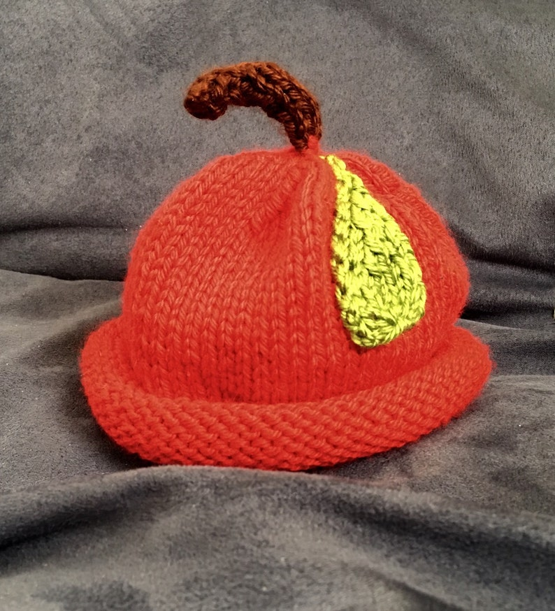 Apple of my eye baby hat image 0