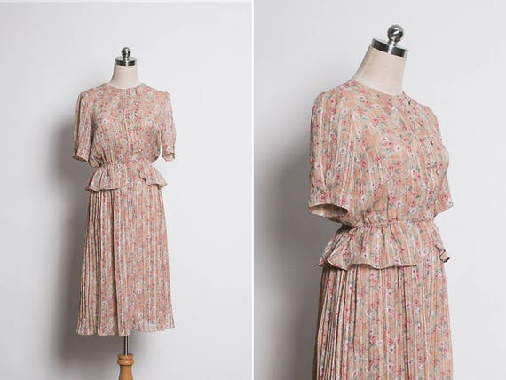 Vintage midi dress with polka dots. Retro 70s dress Vintage 1970s peplum dress 70/'s women/'s vintage dress Pink and white vintage dress