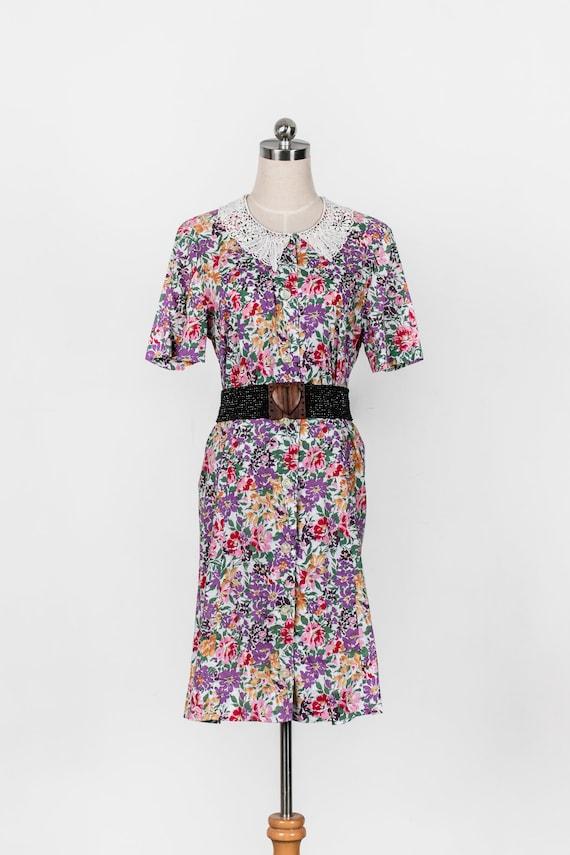 1980s Vintage Summer Floral Doily Collar Dress 80s Vintage Peter Pan Collar Button Down Festival Dress M