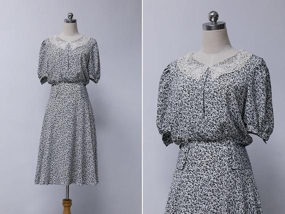 cebcec118912 Vintage 80s Peter Pan Collar Midi Dress Japanese Vintage