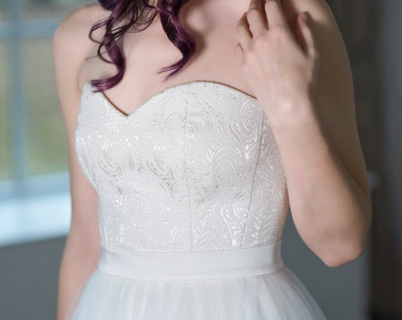 Heather - sweetheart neckline corset