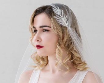 Helene - juliet cap veil with feathery leaves motif