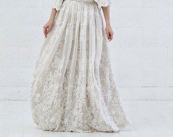 READY TO SHIP: lace bridal skirt size 0-2