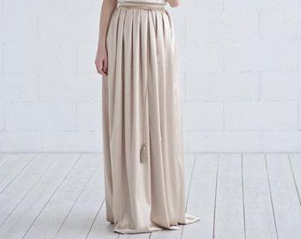 Oria - satin skirt / gold skirt / maxi skirt / floor length skirt / champagne skirt / maxi skirt with pockets / bridal skirt with pockets