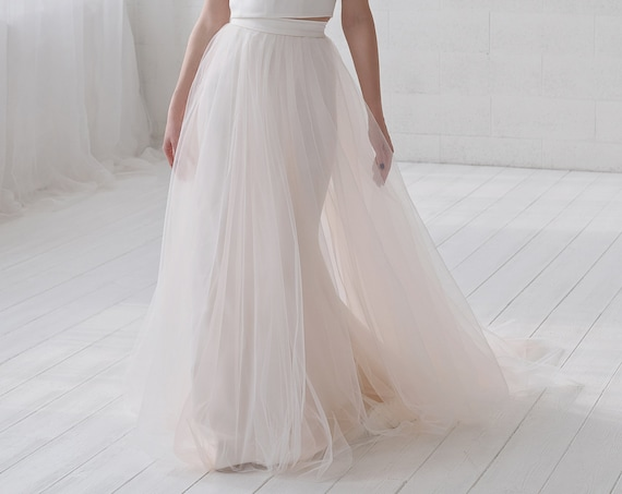 Delilah - detachable tulle overskirt skirt with an optional touch of color / detachable bridal over skirt / removable tulle train