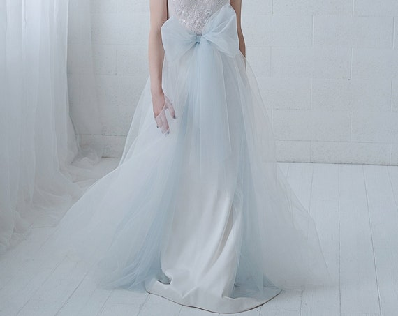 Elle - detachable tulle overskirt skirt with a bow and front slit
