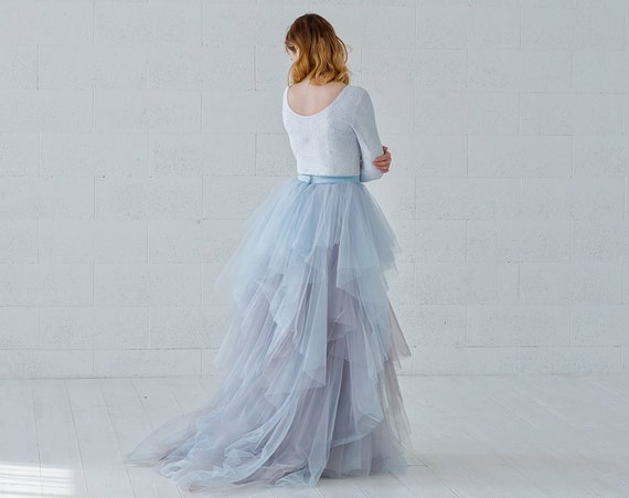 Aella - long sleeved wedding dress with ruffled tulle skirt