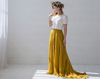 Penelope - lace crop top and linen skirt