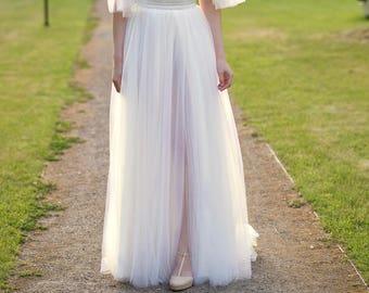 Grace - bridal skirt with a slit