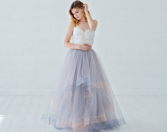 Eleonor - unique wedding dress with illusion neckline and horsehair braid tulle skirt