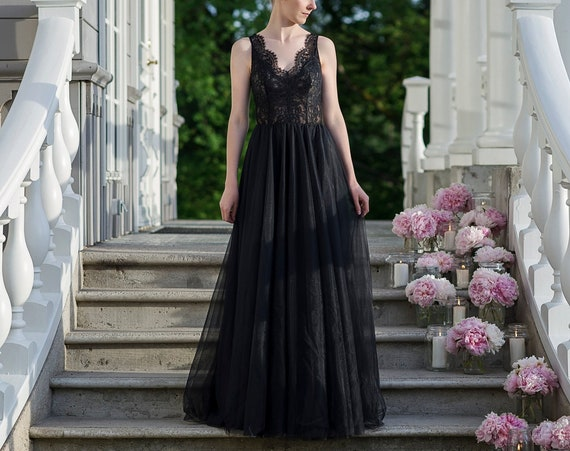 Lunaria - black or another custom color wedding dress