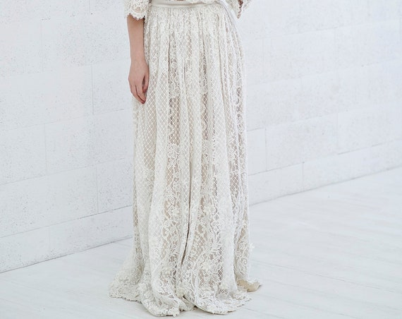 Meri - bohemian lace bridal skirt