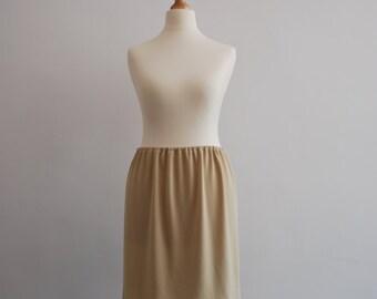 Nude slip / extra lining / white skirt slip