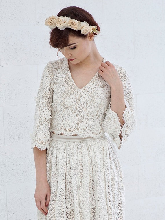 Meri - flare sleeves rustic lace wedding crop top