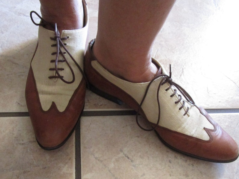 Brass Plum Shoes Made in Spain size 39 wingtip tan fabric and brown leather tie shoes