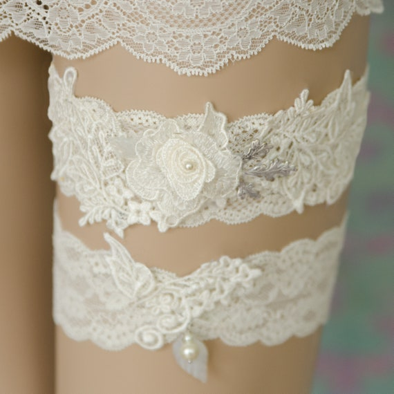 Ivory Garters Wedding: Lace Ivory Bridal Garter Ivory Flower Garter Ivory Wedding