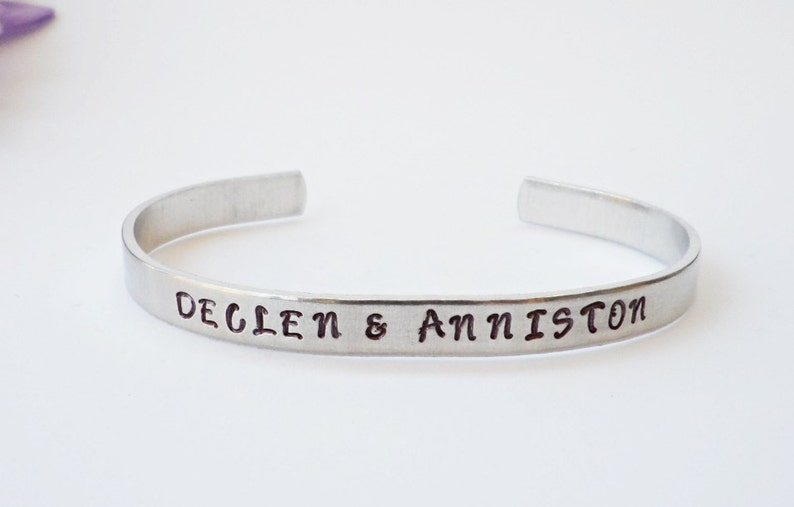 4a1a3033cf383 Name Bracelet Cuff - Personalized Bracelet - Mother Gift - Mom Gift -  Aluminum Cuff - Daughter Gift - Silver Cuff - Custom Cuff