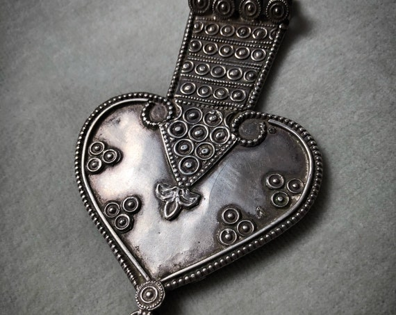 AMAZING Rajasthani Big Vintage HEART Pendant