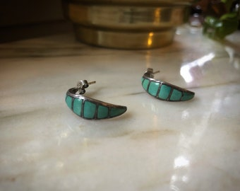 Beautiful vintage silver earrings with Turquoise inlay