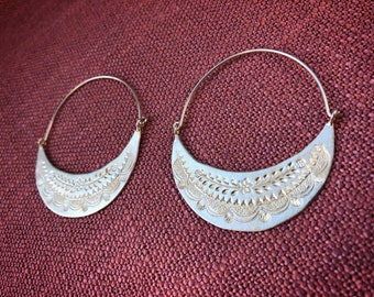 Beautiful SILVER earrings from northen Thailand