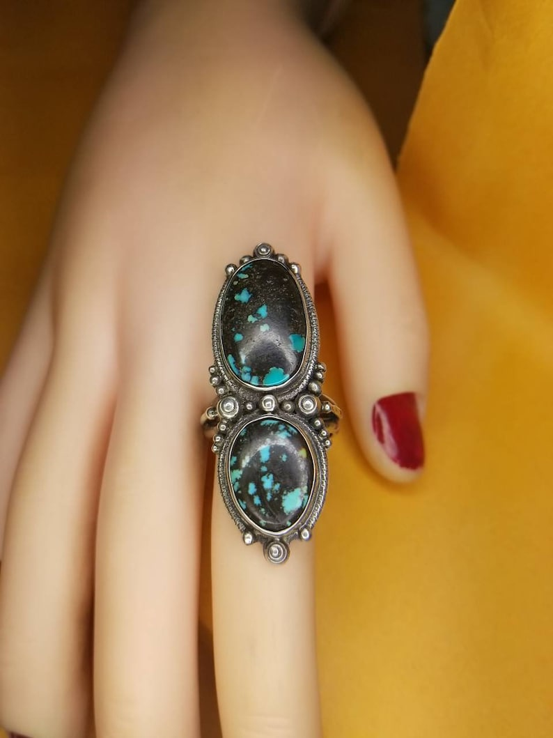 Sterling Silver 925 Navajo Indian Style Multiple Hubei Turquoise Ring