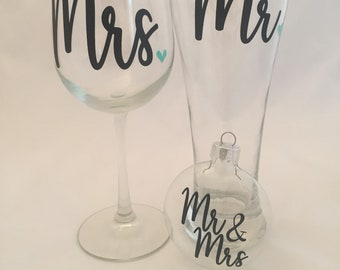 Mr and Mrs Glass set with Round Glass Disk Ornament, Personalized