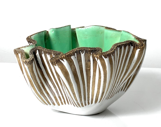 Ugo Zaccagnini Pinched Bowl Italy 1960's