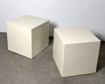 Modern Pair of Lacquered Cube Side Tables 1970's