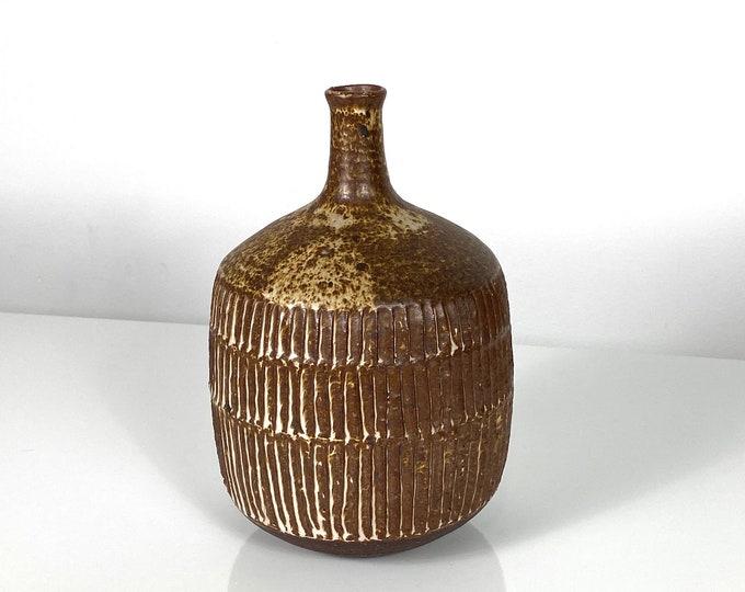 "9"" Tall Signed Paul Bellardo Studio Pottery Weed Vase 1970s"