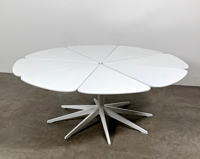 Vintage Richard Schultz Petal Coffee Table in White 1960's