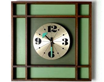 Rare Vintage Mid Century Modern Elgin Wall Clock 1970s