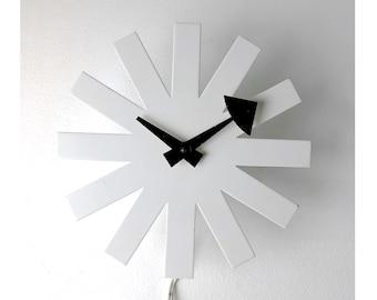 Vintage George Nelson Howard Miller White Asterisk Clock 1950's