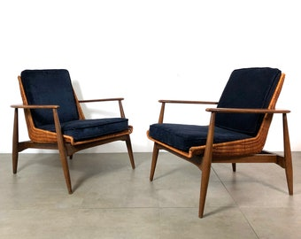 Pair Of Lawrence Peabody Wicker Lounge Chairs 1960u0027s
