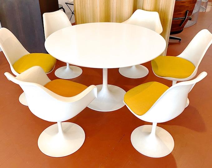 Vintage Eero Saarinen Knoll Tulip Chairs Dining Set of 6 1960s