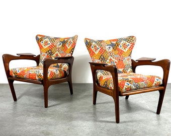 Pair Adrian Pearsall Craft Associates Wingback Lounge Chairs 1960's