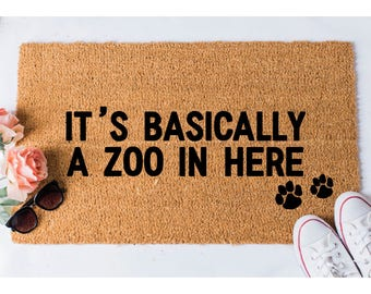 Zoo in Here Doormat - Dog Doormat - Funny Doormat - Funny Doormats - Welcome Mat - Goldendoodle Doormat - Funny Mat - Cat Doormat - Door Mat