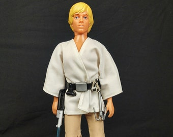 1977 Kenner 12 inch Luke Skywalker Complete With Saber, Grappling Hook, Great Shape, Star Wars A New Hope