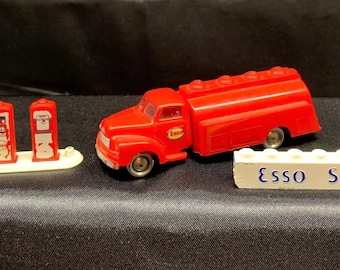 LEGO Denmark Vintage 1956/1957 Bedford ESSO Fuel Tank Truck, Gas Pumps and Sign From Esso Filling Station, LEGO Sets No. 1310 and 310-5