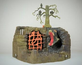 Masters of the Universe Hordak's Fright Zone With Dragon, Mattel MOTU Hordak Evil Horde 1985