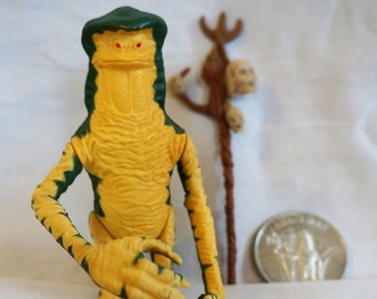 Vintage Kenner POTF Last 17 Amanaman Complete With Coin and Staff, 1985